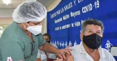 COVID-19: Otra histórica jornada de vacunación evidenció la equidad y justicia social de Formosa