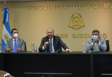 """Insfrán afirmó que Formosa continuará """"batallando""""para que las comunicaciones sean un servicio público"""